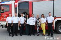 Spendenuebergabe_EGO_Feuerwehr_mittel