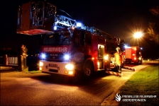 DLK und RW bei Nacht im Einsatz