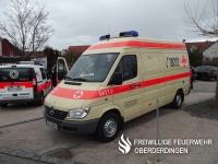 4-Tragen-Krankenwagen (KTW-4, Rotkreuz Karlsruhe 54/27-1) des Ortsvereins Oberderdingen vom Katastrophenschutz, Mercedes Sprinter 313 CDI, Ausbau: WAS.